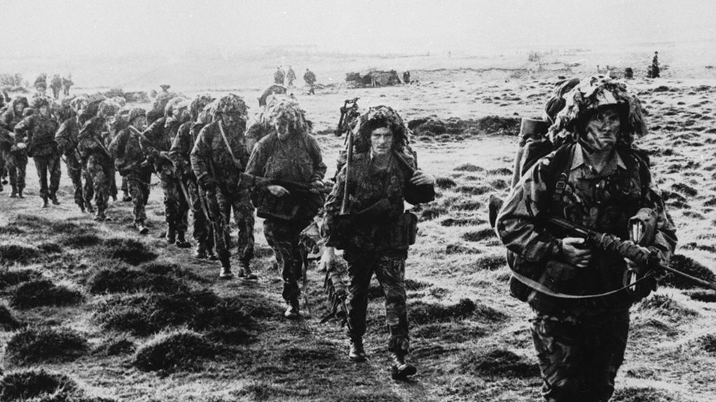 Cameron renews commitment to Falklands – Channel 4 News
