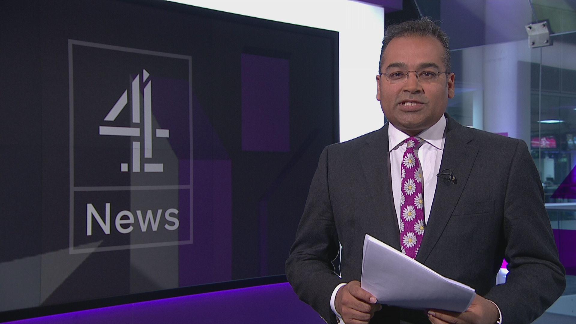 channel 4 news headlines  u2013 channel 4 news