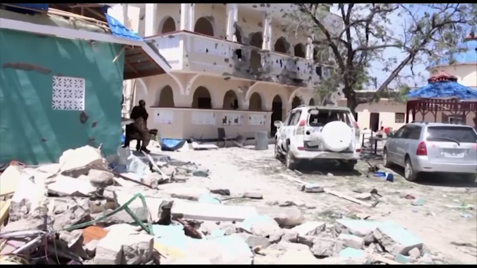 At least 26 killed in attack on Somalia hotel