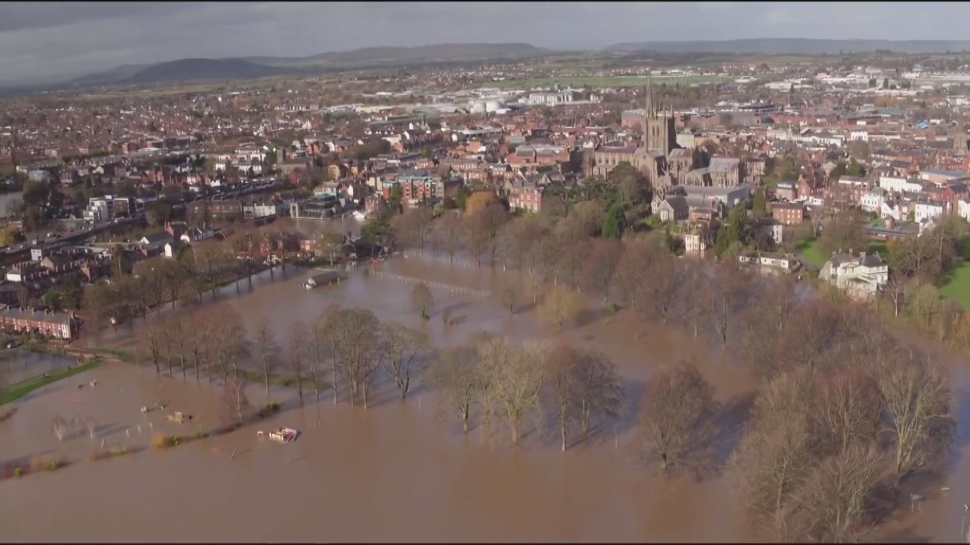 Storm Dennis: severe flooding continues - channel 4