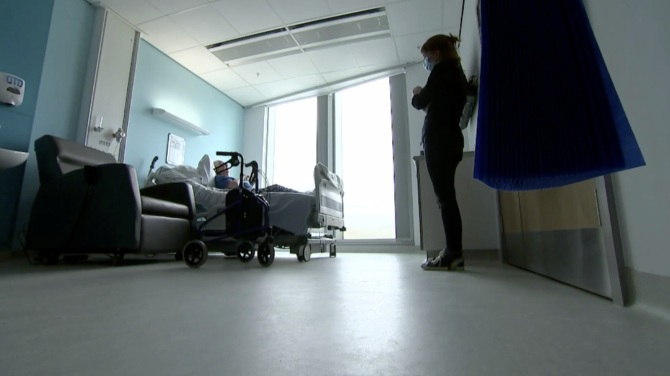 New cancer hospital opens on time in Liverpool