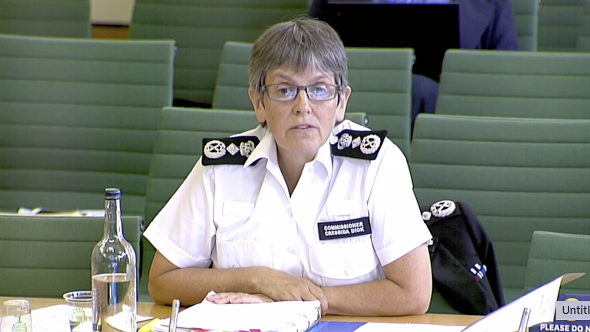 Police chief apologises to Team GB athlete after stop and search - channel 4