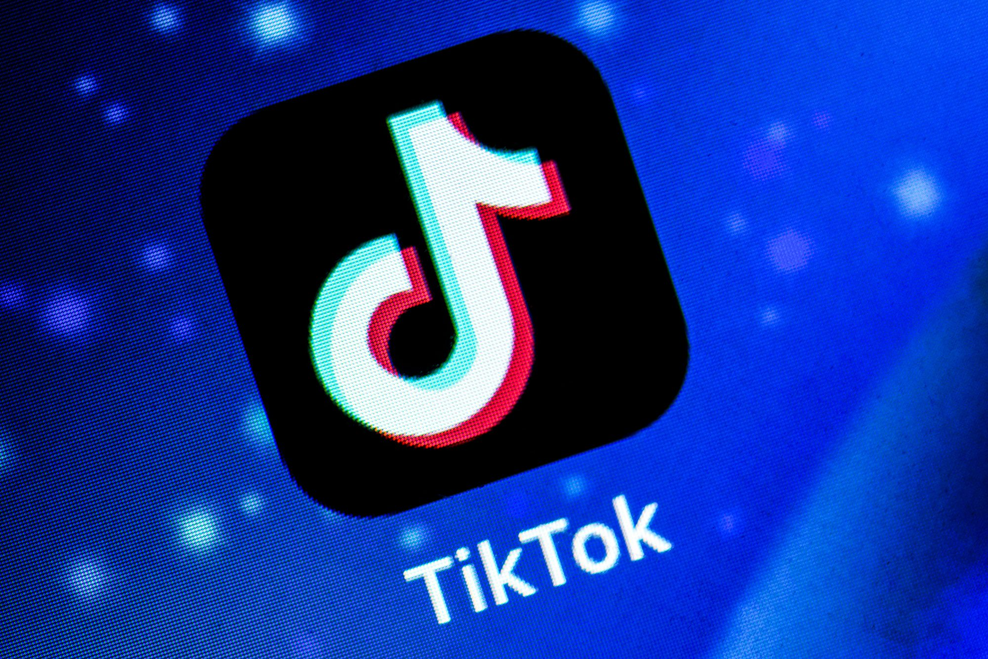 TikTok parent company to divest US operations after Trump declares ban on app