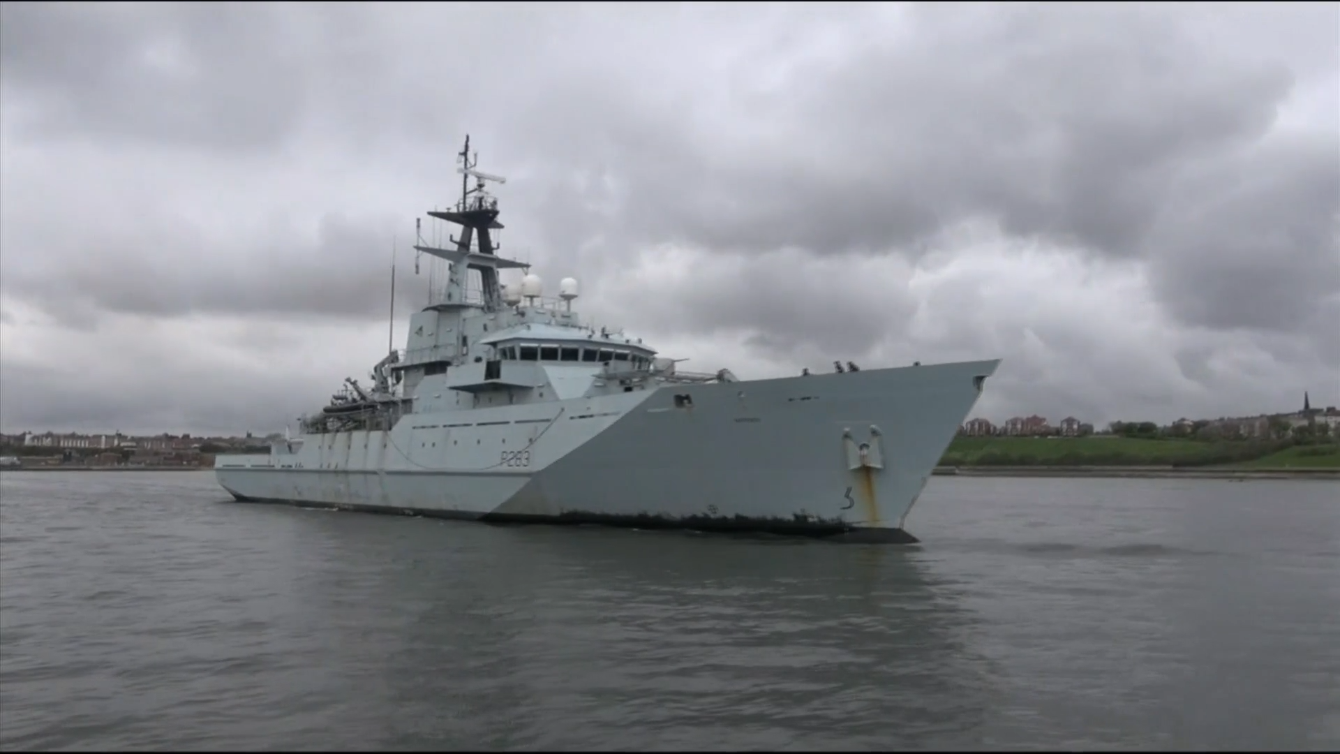 Royal Navy gunboats on standby to protect British fishing waters after no-deal Brexit