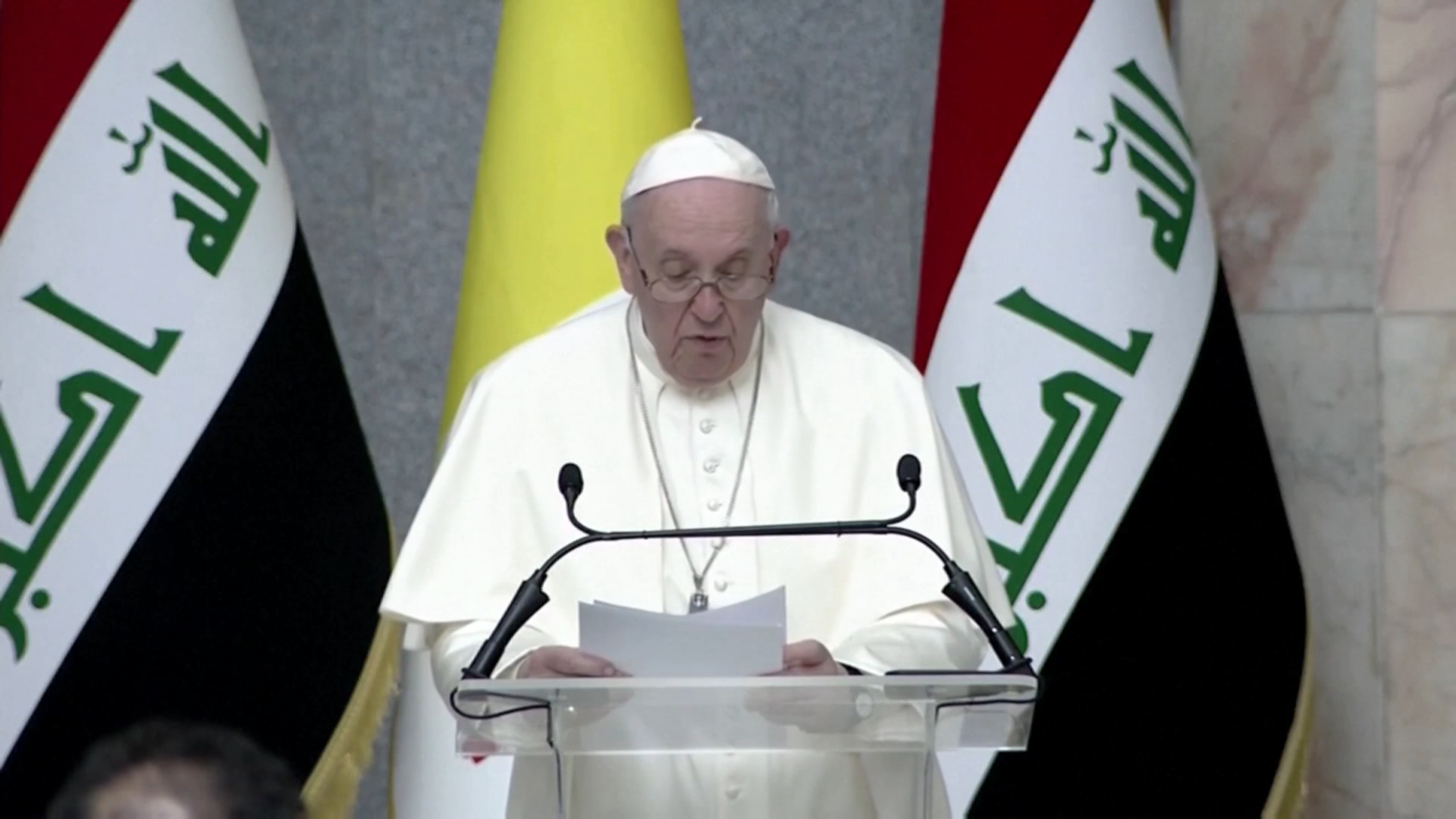 Pope Francis becomes first pontiff to visit Iraq