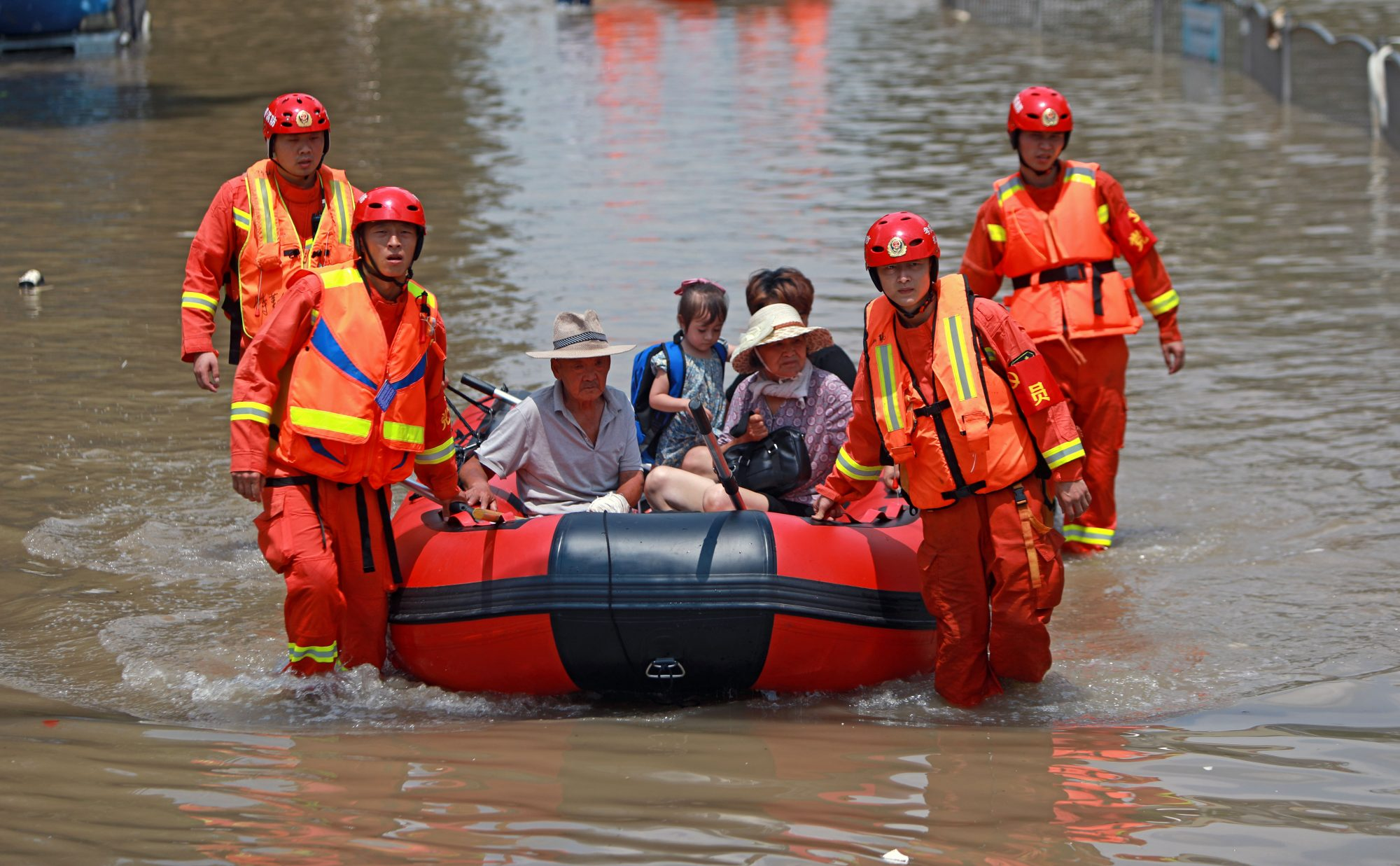 Torrential rains in China lead to mass evacuations - channel 4