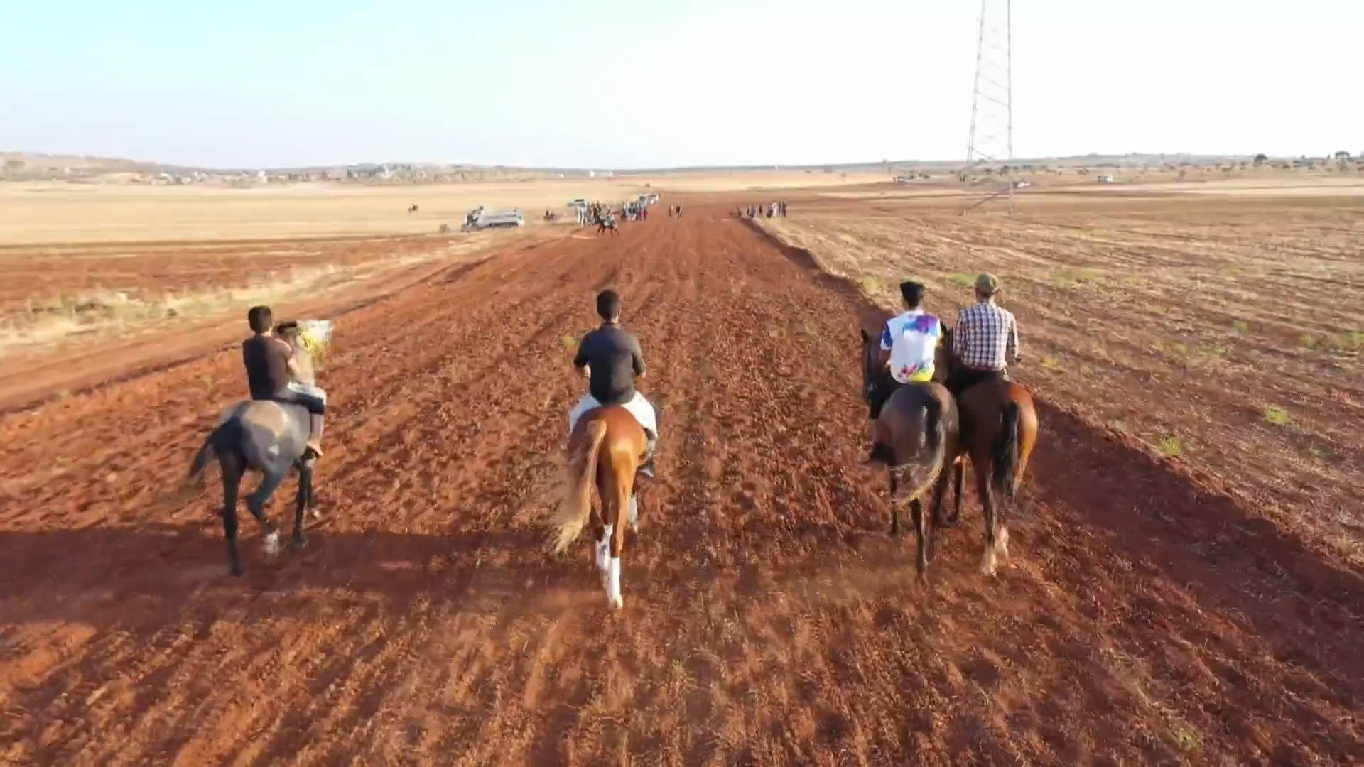 Syrians seek solace in ancient tradition of horse racing - channel 4