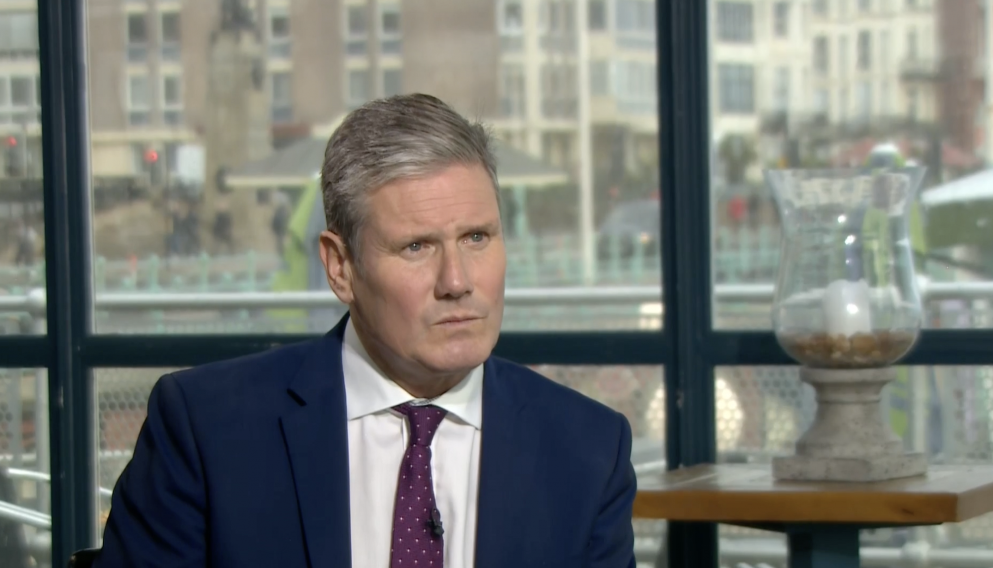 Starmer defends Labour rule changes amid party divisions - channel 4